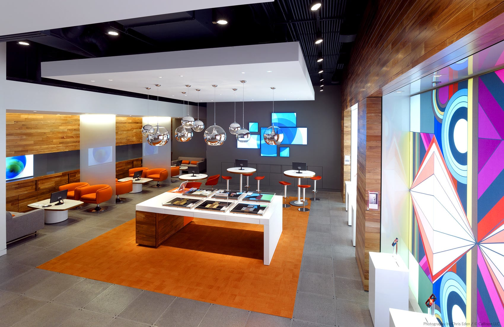 AT&T, Chicago, Michigan Avenue Flagship - Interior - Client services