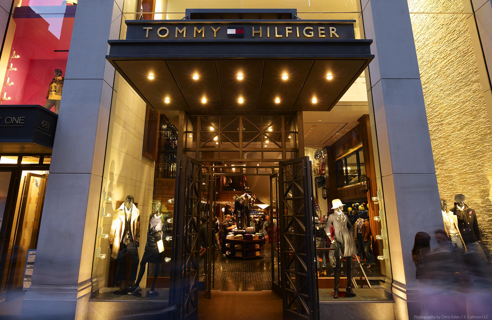 Tommy Hilfiger, Fifth Avenue, NYC - Exterior storefront