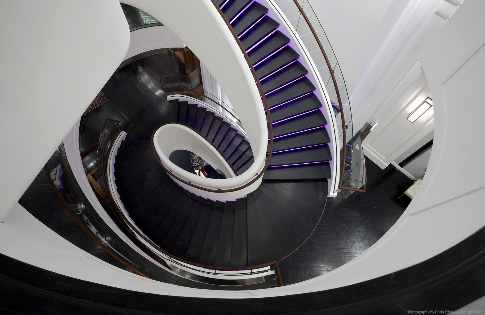 Tommy Hilfiger, Fifth Avenue, NYC - Detail - Stairway perspective
