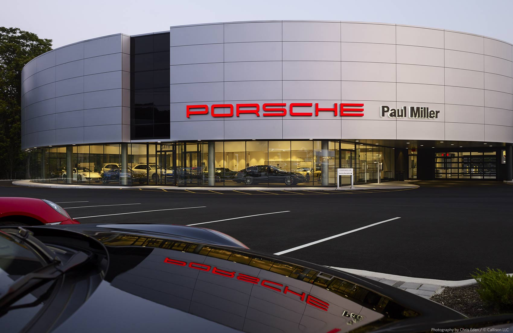 Paul Miller Porsche - Exterior with product reflection
